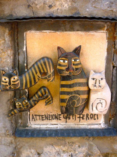 chats sculptés